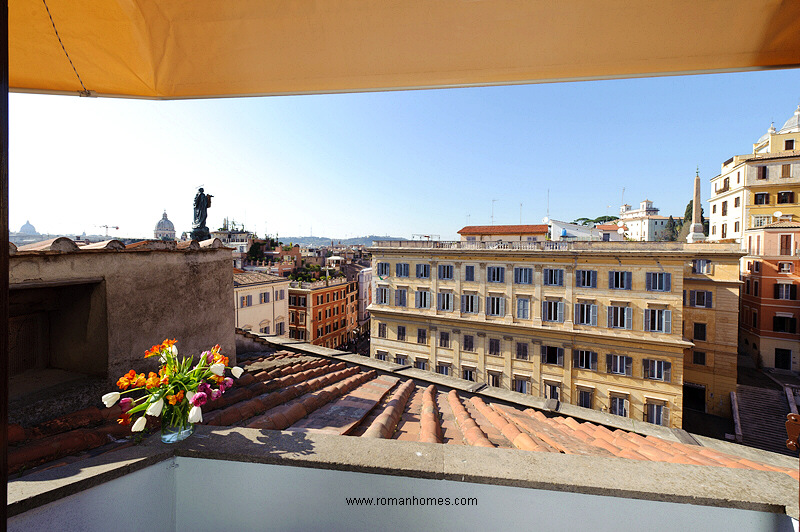 View from the terrace of the twin beds room of the Rome Seagulls attic and superattic