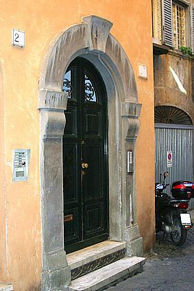 Via Dei Coronari Piazza Dell Orologio Vicolo Della