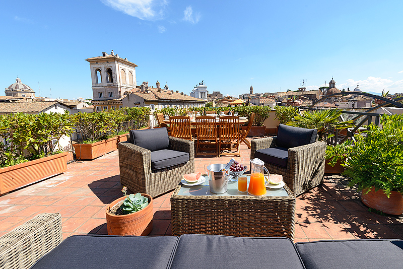 The panoramic terrace roof garden with views of rome of for What does terrace mean