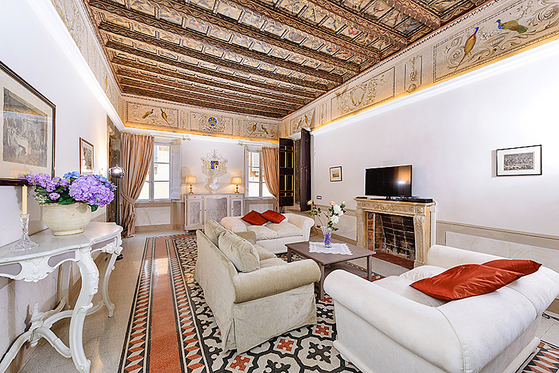 Sitting room of the panoramic terrace with views Rome ...