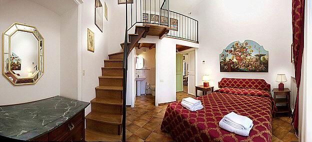 Rome Jewish Quarter Elegant Three Bedroom Apartment Panoramic View Bathrooms