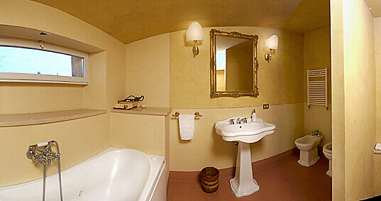 Rome Domes Fine Two Bedroom Apartment With Two Utmost