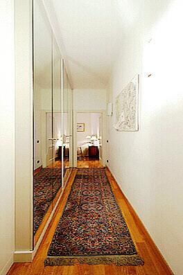 Rome Spanish Steps Anita Upscale Three Bedroom Three