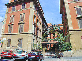 Rome Vatican Via Veniero A Well Appointed Two Bedroom