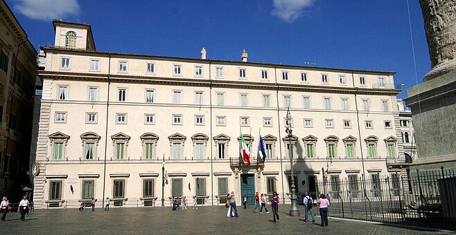 Rome Pantheon Quarter Pantheon Area Apartments For Rent