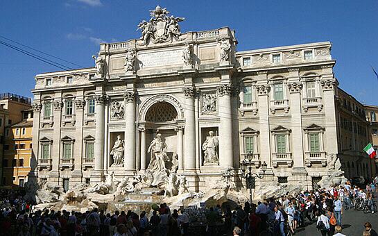 Rome Trevi Fountain Fontana Di Trevi Apartments For Rent