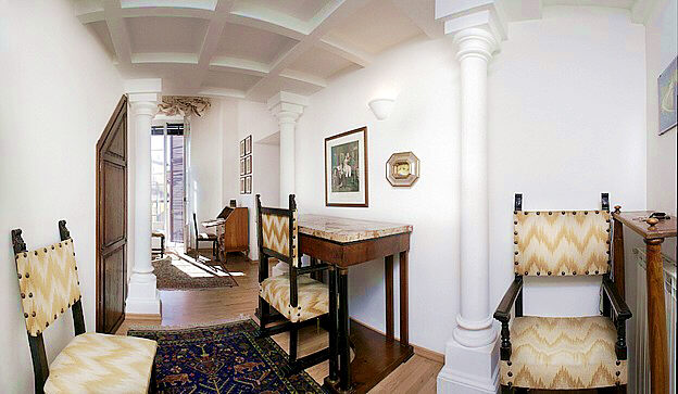 rome jewish quarter, elegant three bedroom apartment with panoramic